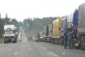 Kolejki na przejściu Dorohusk-Jagodzin