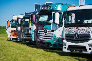 Piknik rodzinny z Mercedes-Benz Trucks i Grupą Wróbel
