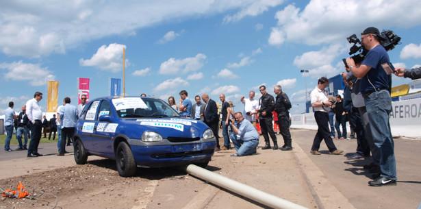 Innowacyjne słupy oświetleniowe polskiej firmy zwiększą bezpieczeństwo na drogach