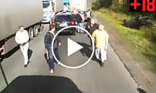 Rosyjscy kierowcy sami wymierzyli sprawiedliwość oszustom