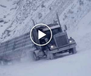 Bokiem po śniegu, czyli ekstremalna jazda ciężarówką [Film]