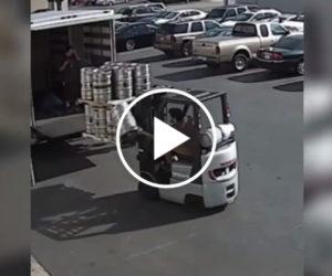 Operator wózka widłowego chroni cenny ładunek