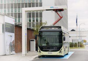 Volvo i ABB wprowadzają stację ładowania elektrycznych autobusów
