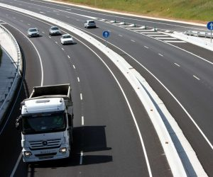 Najdroższa autostrada w Polsce podrożeje? Kierowcy ciężarówek zapłacą 60 zł za 60 km trasy?