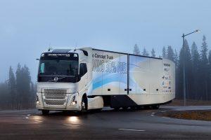 Koncepcyjne długodystansowe Volvo z napędem hybrydowym