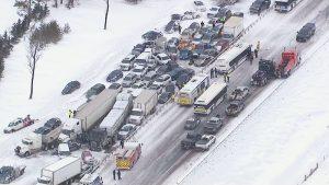Ubezpieczenie ciężarówki, a karambol drogowy