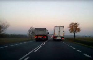 Niebezpieczne manewry ciężarówek