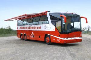 Pierwsze elektryczne autobusy Solarisa do poboru krwi