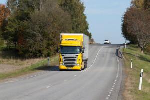Nowy tempomat Scanii oszczędza paliwo dzięki GPS