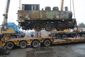 Stoi na aucie… lokomotywa – nietypowy transport TNT