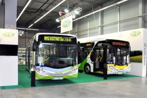 Elektryczny autobus firmy AMZ testowany naulicach Jaworzna