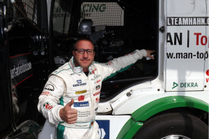 """,,Nie zwycięstwo, a walka o nie"""" – wywiad zJochenem Hahnem zCastrol Team Hahn Racing"""