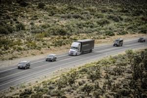 Premiera autonomicznej ciężarówki Freightliner na zaporze Hoovera