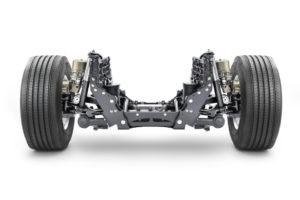 Volvo Trucks wprowadza połączenie aktywnego układu kierowniczego z niezależnym zawieszeniem przednim
