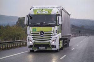 Super ekonomiczna ciężarówka Mercedes-Benz Actros