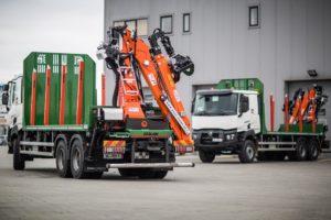 Nowe ciężarówki Rumuńskich Lasów Państwowych z polskimi zabudowami