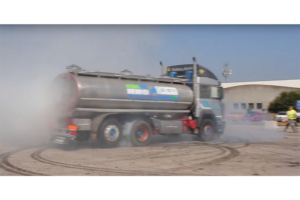 Ciężarówką też można driftować