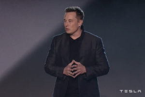 Elektryczne ciężarówki z autopilotem – Tesla zdradza swoje plany
