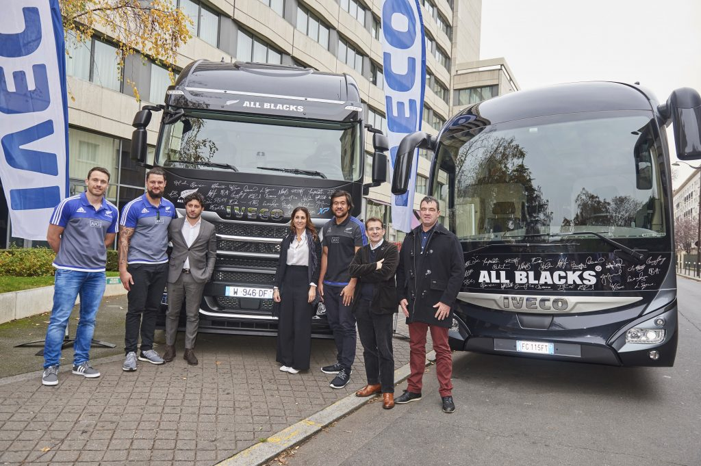 123-iveco_all-blacks