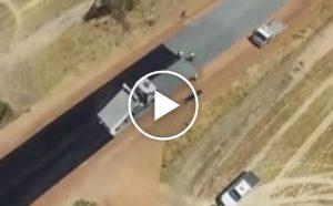 Tak się buduje drogi w Australii [Film]