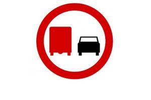 Zakaz wyprzedzania dla ciężarówek?