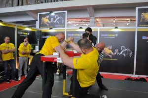 Turniej Armwrestling na Motor Show Truck