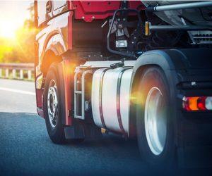 W I kwartale 2017 sprzedano 211 tys. opon do ciężarówek
