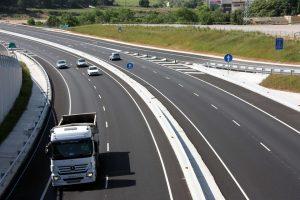 Kontrole kierowców zawodowych bez zatrzymywania pojazdów
