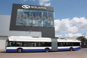 Solaris ze srebrnym listkiem CSR Polityki