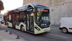 Elektryczna hybryda Volvo na testach w Marsylii