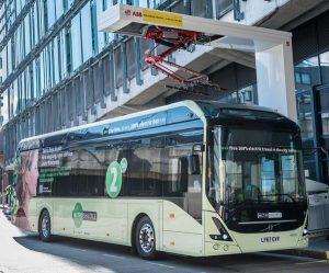 Autobusy elektryczne Volvo na trasie demonstracyjnej w Wielkiej Brytanii