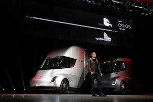 Pierwsza elektryczna ciężarówka Tesli zje konkurencję?