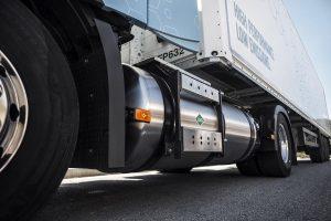 Jakie paliwa napędzą ciężarówki przyszłości? Pytamy producentów.