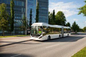 Volvo dostarczy 12 autobusów hybrydowych do Krakowa
