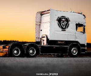 Scania z kabiną jak w kamperze
