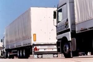 Czynnik ludzki wciąż niezbędny w transporcie i logistyce
