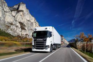 Kolejne ciężarówki zasilane LNG wyjechały na drogi