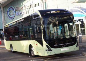 Volvo dostarczy 6 autobusów elektrycznych dla lotniska w Birmingham