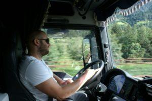 Imigranci i Brexit oczami kierowcy ciężarówki – wywiad