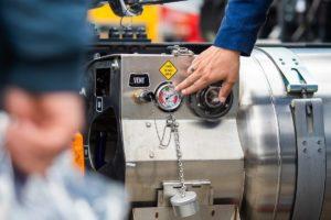 Ustawa znosząca akcyzę na CNG i LNG podpisana