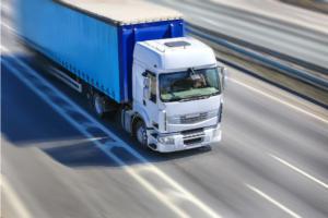 Jak sztuczna inteligencja zmieni transport ciężarowy?