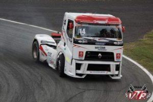 Wywiad z pierwszym Polakiem startującym w wyścigach ciężarówek