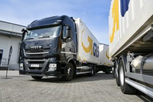 Iveco Stralis NP w barwach GLS