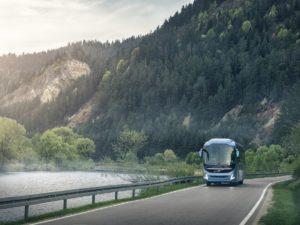 Volvo rozszerza ofertę autokarów o wersję 15-metrową