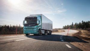 Volvo przedstawia koncepcyjne elektryczne ciężarówki