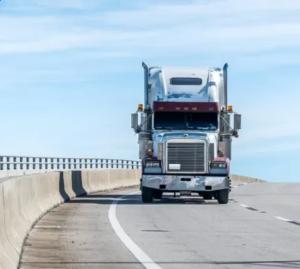 Rentowne frachty w transporcie drogowym. O czym pamiętać, szukając cargo?