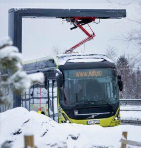 Autobusy Volvo pojadą z Wrocławia za koło podbiegunowe
