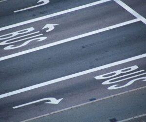 Pakiet mobilności a kierowcy busów. Czy przepisy przyniosą dla nich pozytywne zmiany?