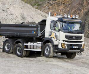 Volvo Trucks świętuje dziesięciolecie i prezentuje nowe FMX