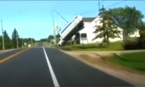 Latająca ciężarówka [FILM]